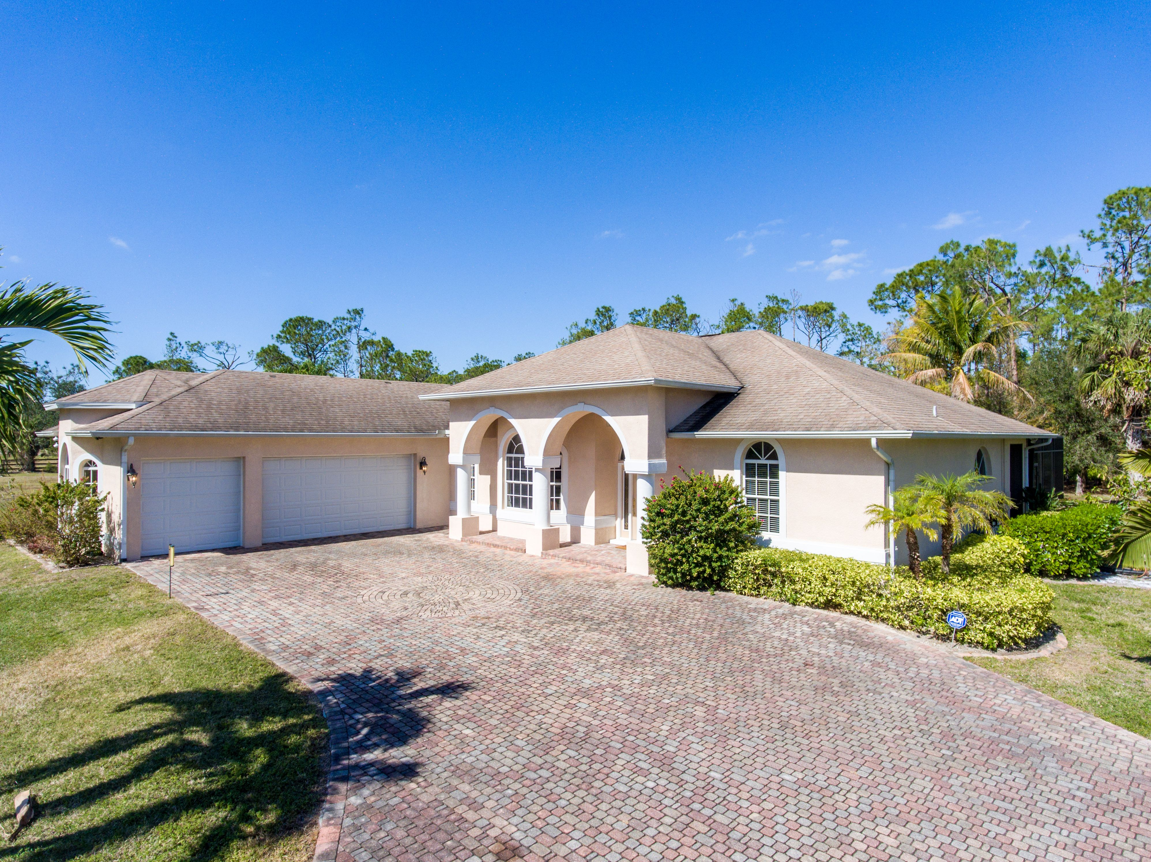 6521 livingston woods ln naples floffered by sheree