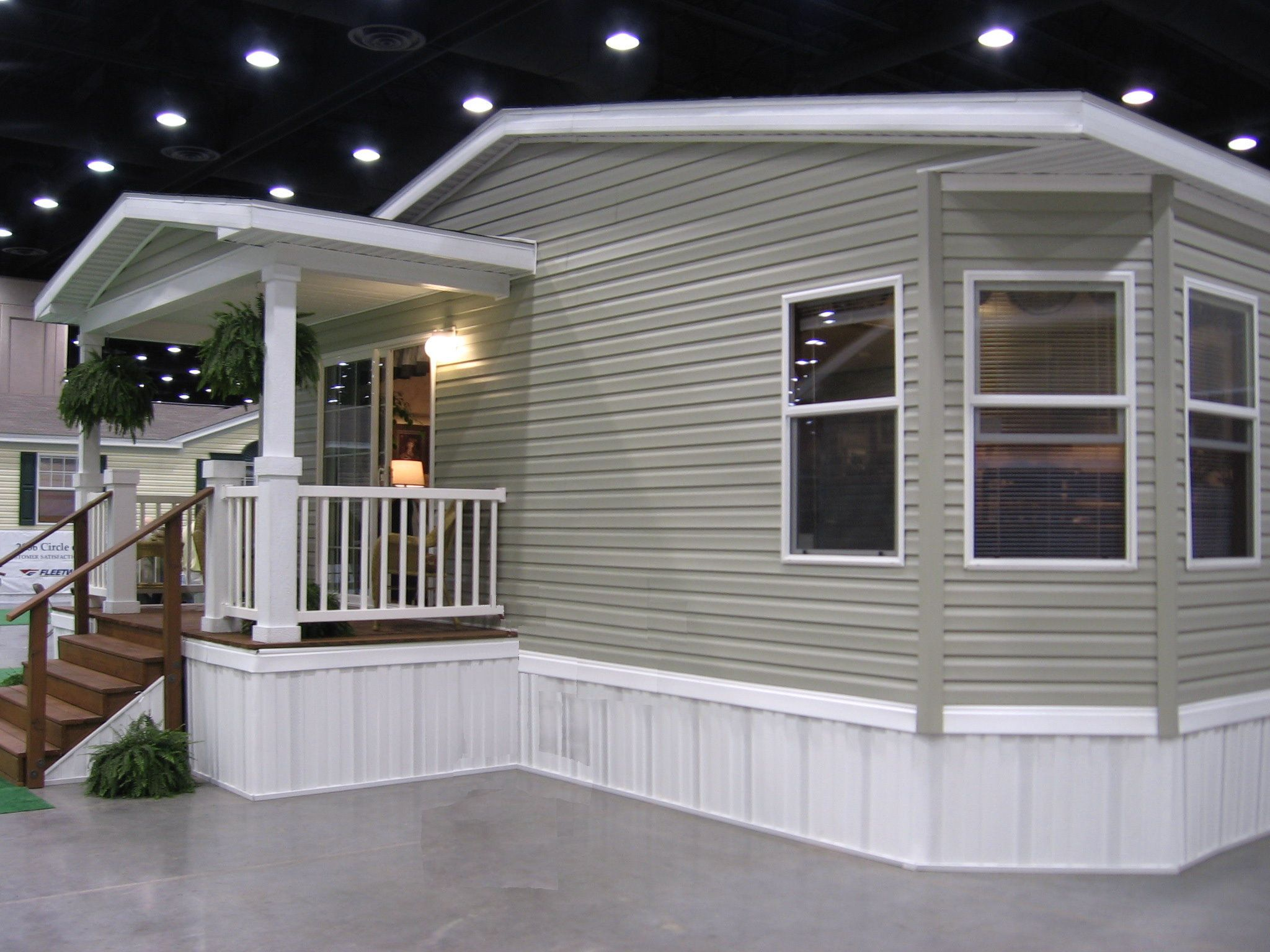 Mobile home deck ideas porch designs for mobile homes for Front porch patio designs