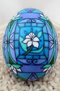 Dore's Pysanky and Batik Eggs