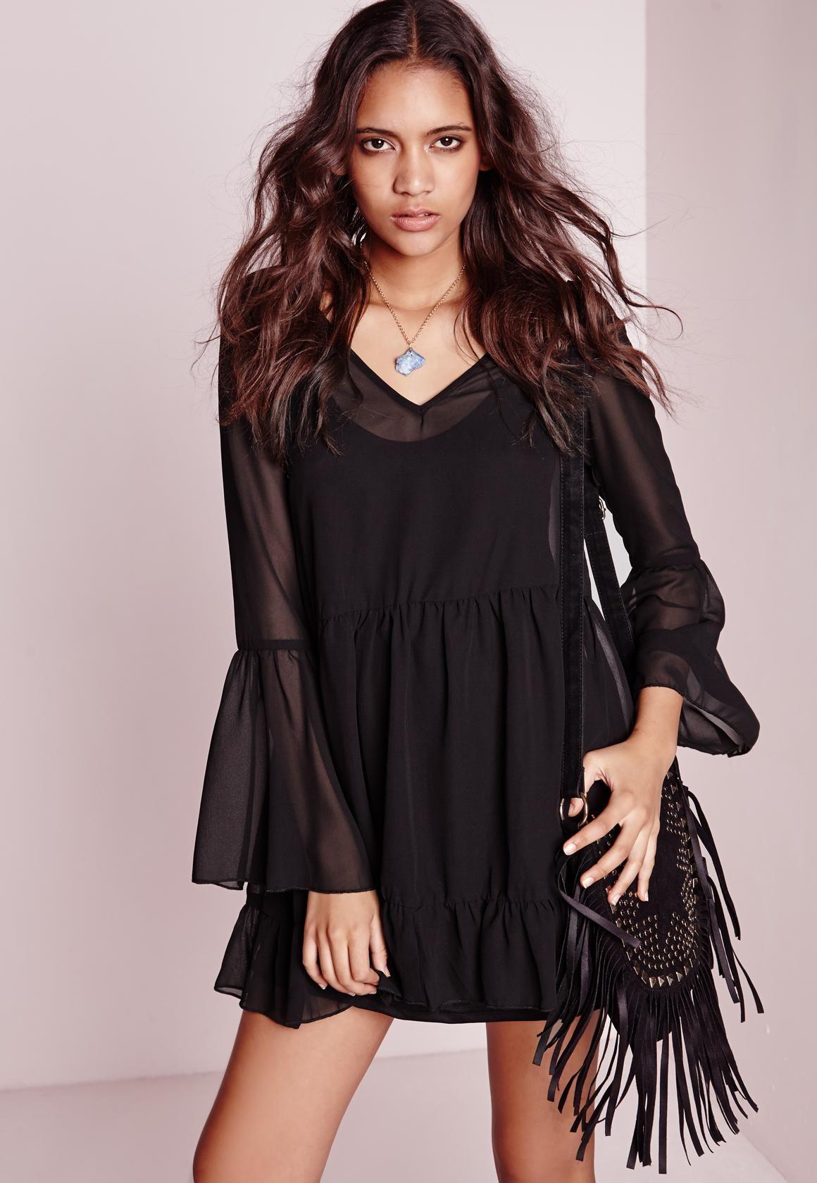 Missguided - Chiffon Bell Sleeve Swing Dress Black
