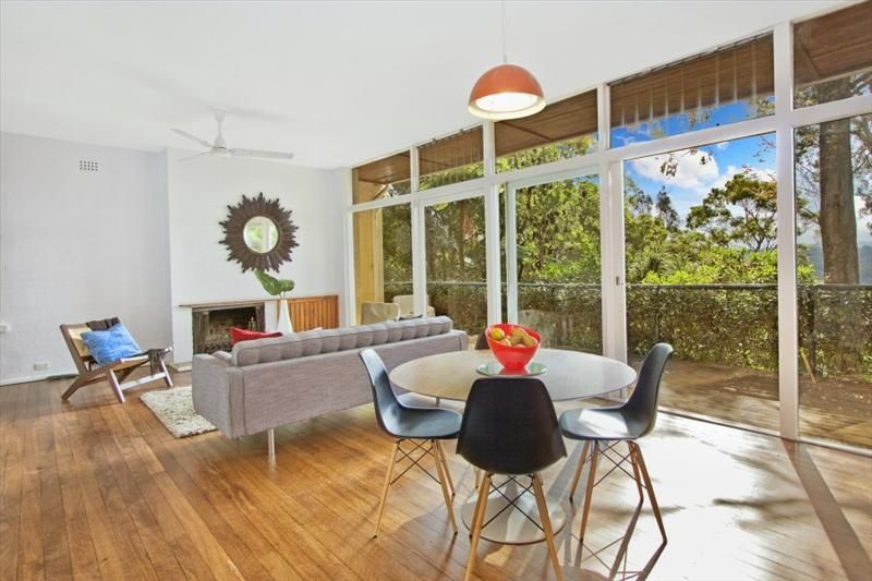 5 Ulm Street Lane Cove. Designed in 1956 by Ancher