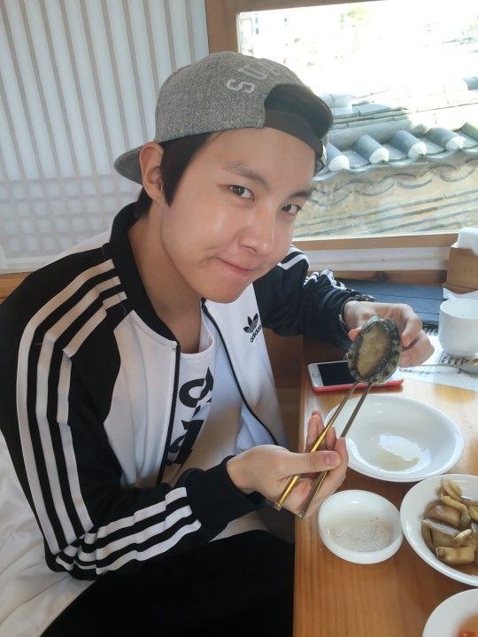 """Naver Starcast] BTS J-hope, Jimin & V - enjoying spring!  """"Namhansanseong outing"""