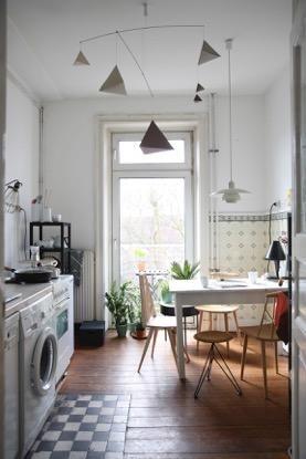 wundersch ne altbauk che mit hoher decke einrichtungs idee f r eine sch ne k che mit. Black Bedroom Furniture Sets. Home Design Ideas
