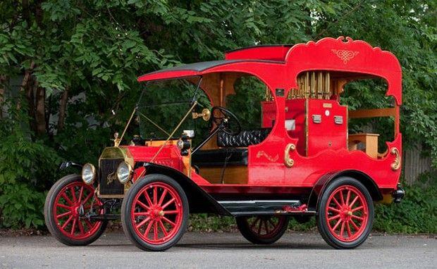 1915 Ford Model T Calliope Truck ... =====>Information=====> https://www.pinterest.com/campatt2018/1880-1945-antique-automobiles/
