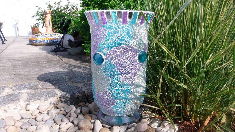 Windlicht Vase Mosaik türkis lila spiegel Garten von Meine kleine kunterbunte Welt - abstrakte Acrylbilder und Gartendekoration aus Mosaik auf DaWanda.com