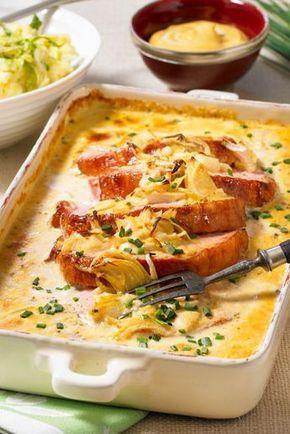 Aus dem Ofen und richtig lecker! Das #Fleischgericht mit #Kasseler verzaubert Familie und Freunde gleichermaßen, denn die Soße ist einfach ein Traum.