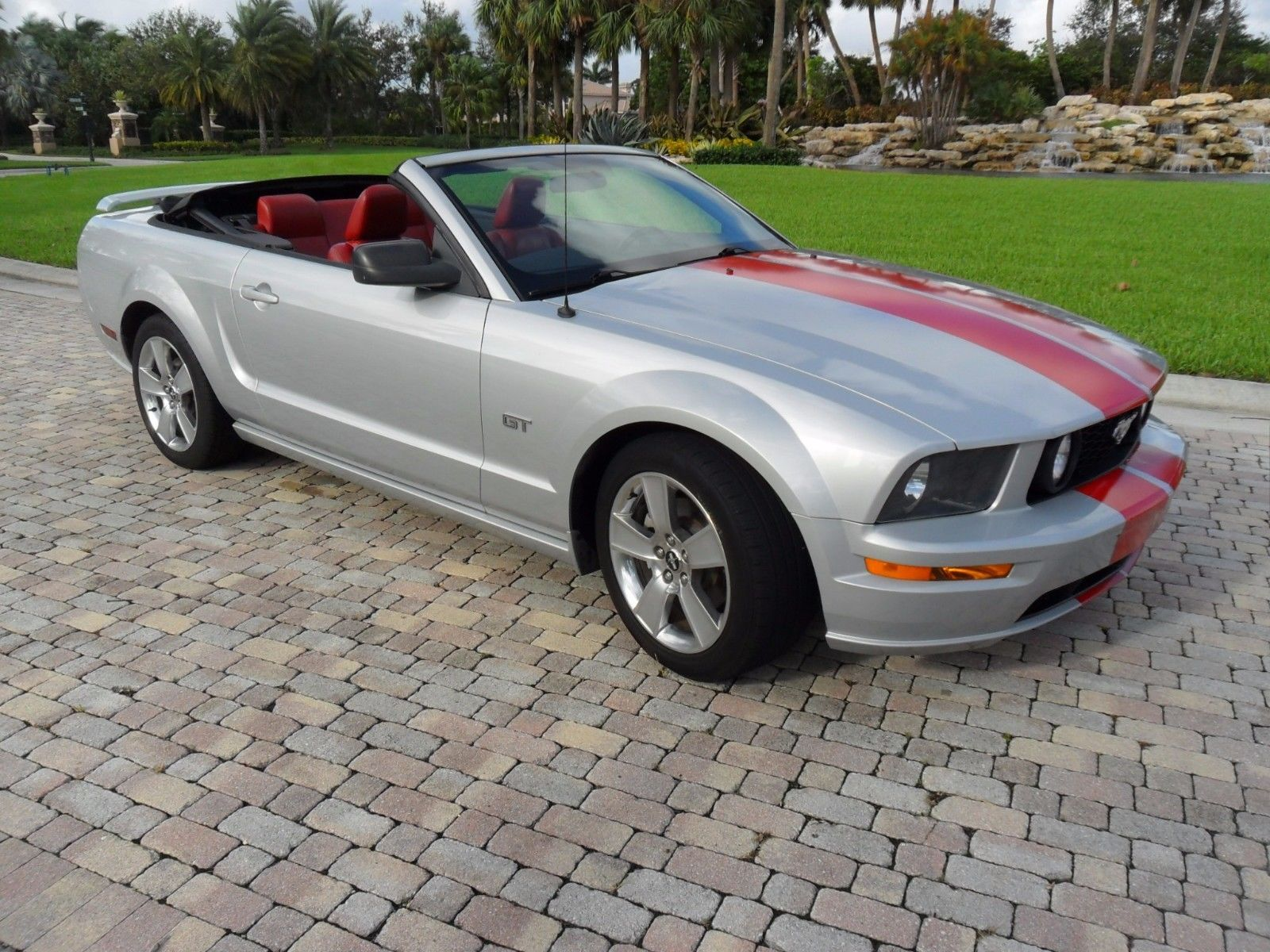 Nice Awesome 2007 Ford Mustang GT PREMIUM 2007 MUSTANG GT RARE MANUAL  SILVER WITH BRIGHT RED LEATHER INTERIOR AND STRIPES 2018