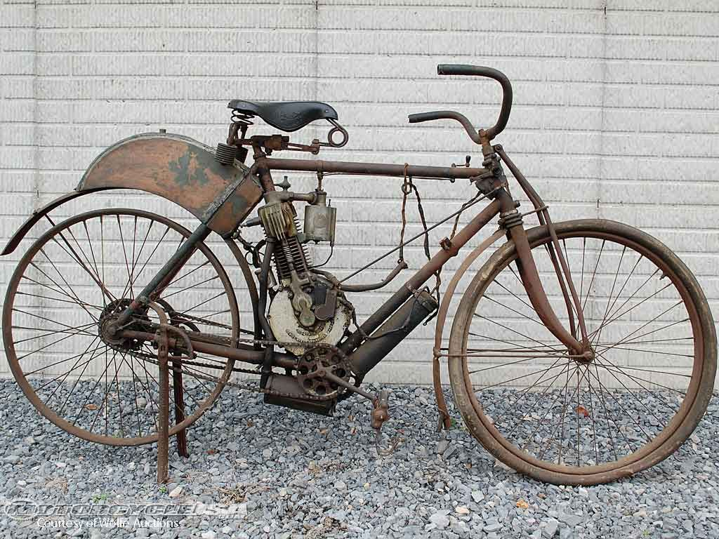 Oldest American Made Motorcycle For Auction Indian Motorcycle American Made Motorcycles Vintage Motorcycles