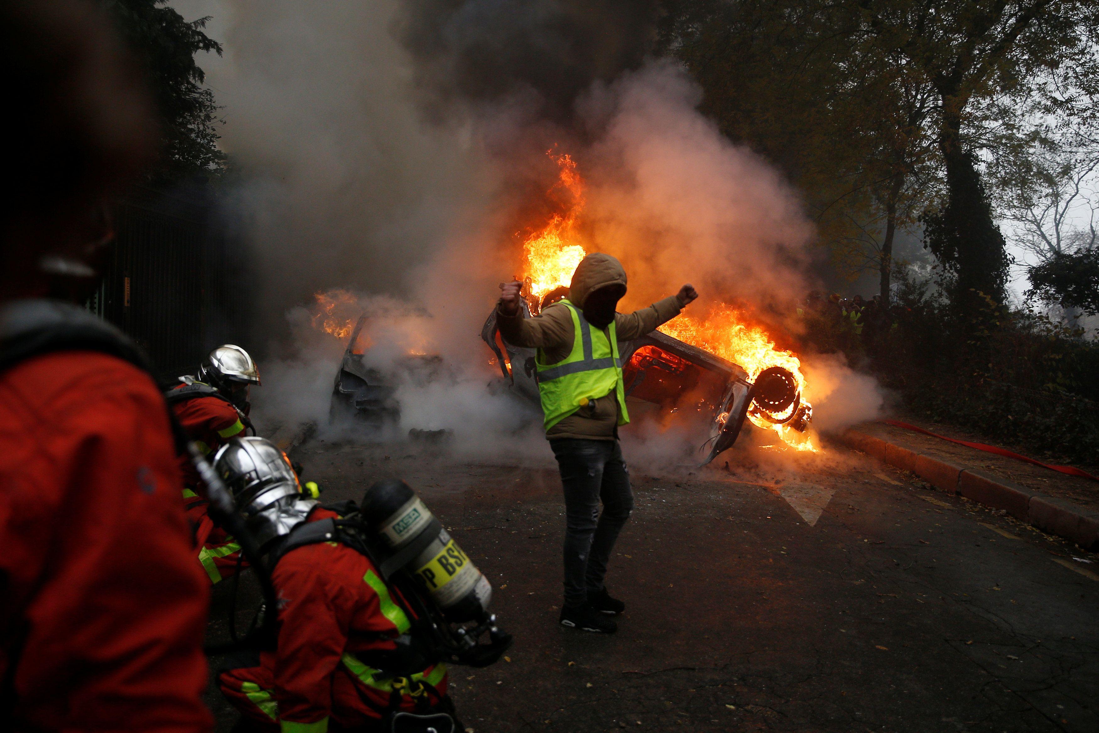 ارتفاع عدد المصابين والمعتقلين في مظاهرات فرنسا Breaking News Concert News