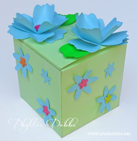 Decorated Gift Box Delectable Giftbox Decorated With Flowers And Paint  Wrap On  Pinterest Design Ideas