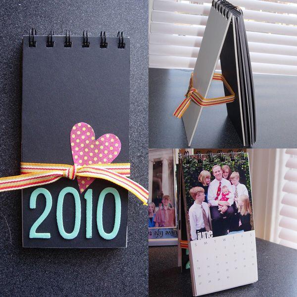 Make A Stand Up Calendar For 2010 Diy Calendar Diy Calendar