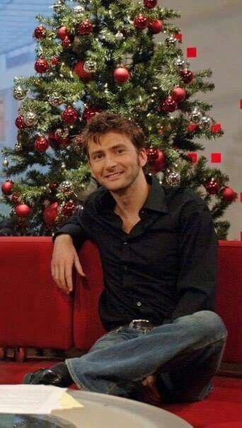 Gorgeous David Tennant!! (Surprising how I can find pics that I've never seen before xD)