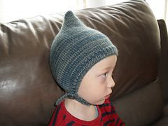 Ravelry: pixie hat debaser pattern by vicarno's mama 1-3 yr