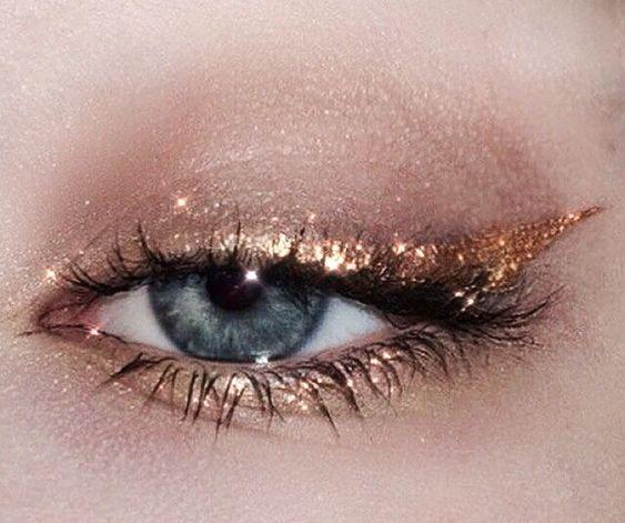 Kuratiert von Narlaka NARLAKA, www.narlaka.com Retro-Mode für die modernen Mädche ...,  #kuratiert #madche #modernen #narlaka #retro #makeuptrends
