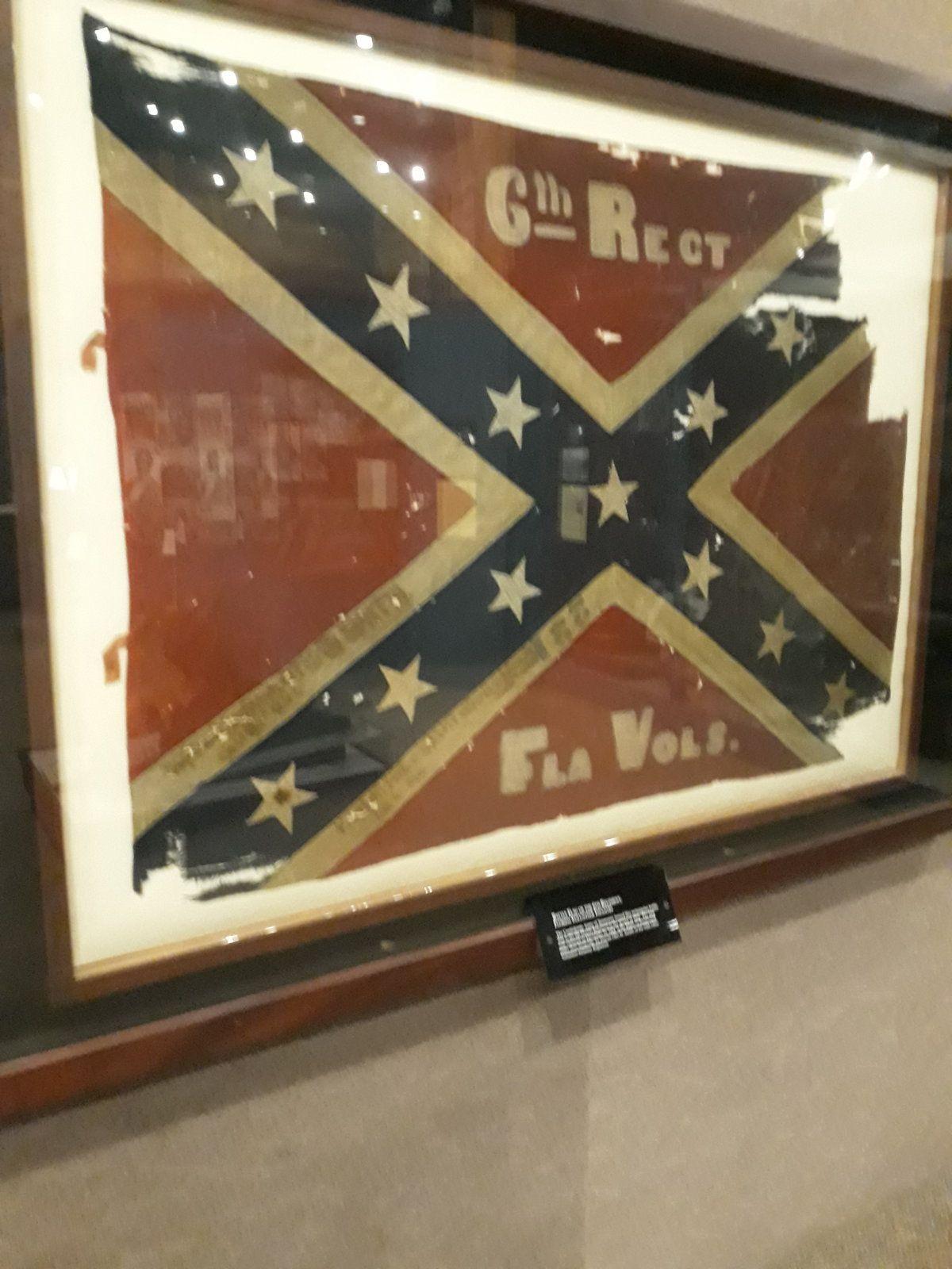 A Florida Flag Uniforms Relics In 2020 Florida Flag Civil