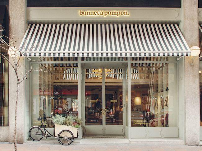 Bonnet à pompon, la tienda para los peques más cool Store fronts - deko für küchenwände