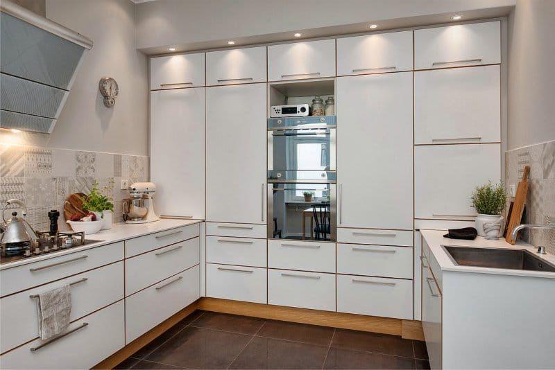 En Forma De U Area De Cocina 14 5 Metros Cuadrados M Cocinas Decoracion De Interiores Decoracion De Unas
