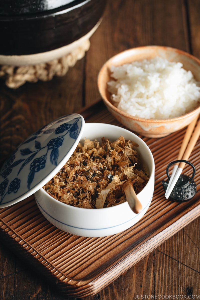 Homemade Furikake (Japanese Rice Seasoning) #seasonedricerecipes