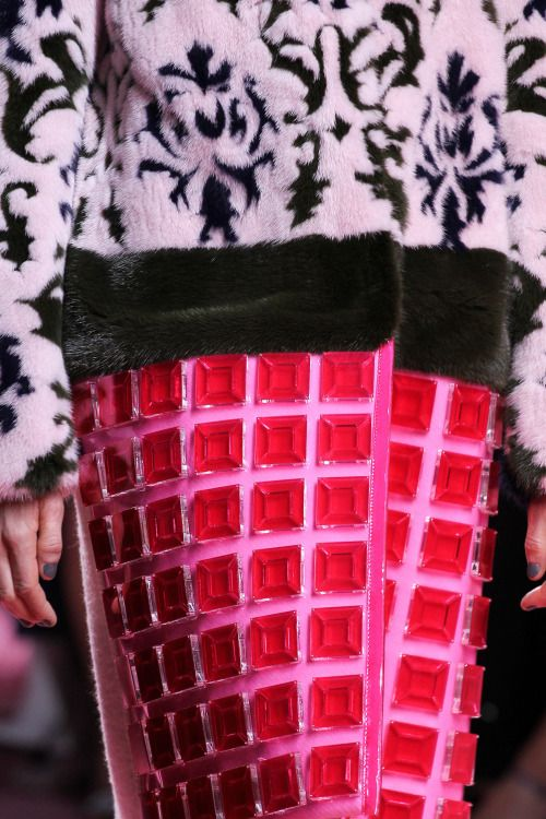 mary katrantzou faa 2015, london fashion week fall winter 2015, fall winter trends 2015, theladycracy.it, elisa bellino, fashionblogzine, fashion blog italy,