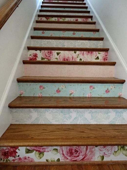 Photo b38a021b 84be 4663 92d7 floral - Wallpaper for staircase ideas ...