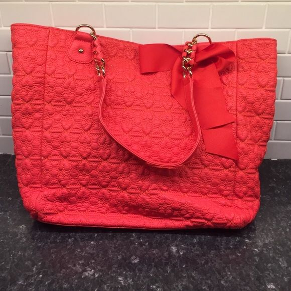 Deux Lux Large Heart Pattern Tote In new condition- bright orange heart pattern with purple satin inside- great for summer! Deux Lux Bags Totes