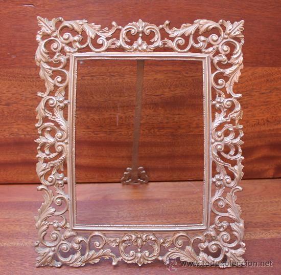 Antiguo marco de bronce sobremesa o colgar 50 marcos for Cuadro cristal sin marco