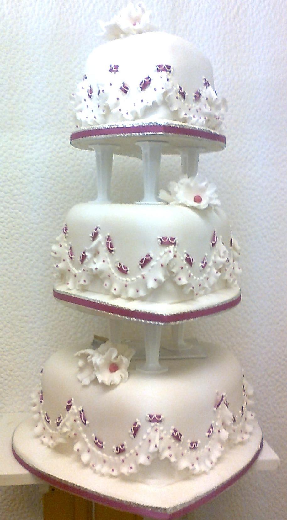 wedding cake pictures   Wedding Cakes, Crafty Cakes Southampton ...