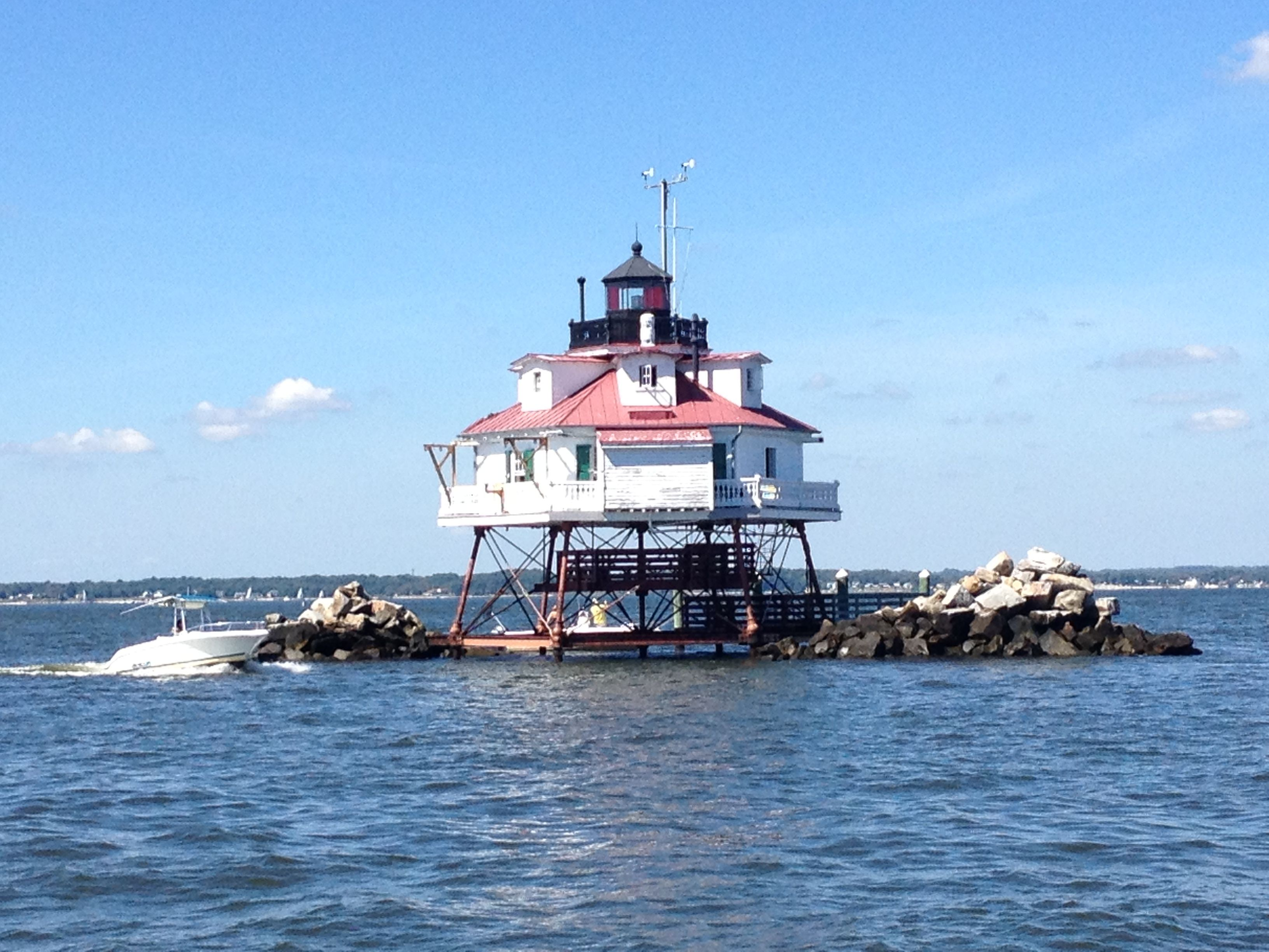 Lighthouse at st thomas md lighthouse around the