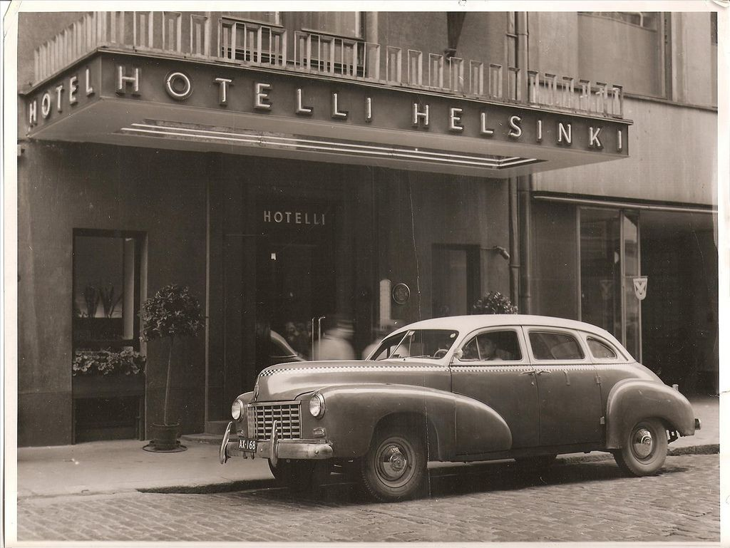 1947 Checker Model A2 Flickr Photo Sharing Automobile Companies Hotels Helsinki Car Photography