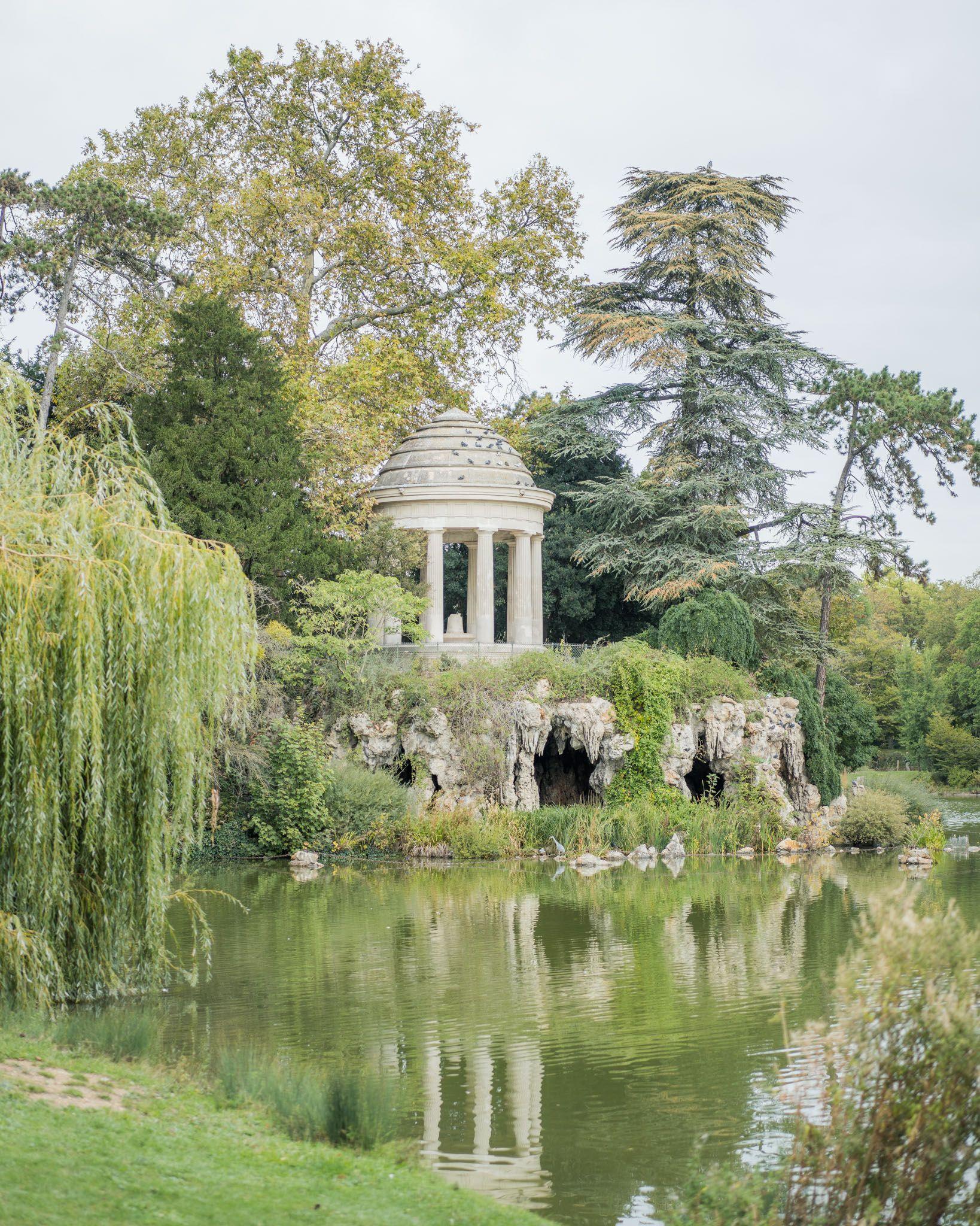 Temple Romantique De L Ile De Reuilly Bois De Vincennes Paris Paris Photos Beautiful Places Paris Photography