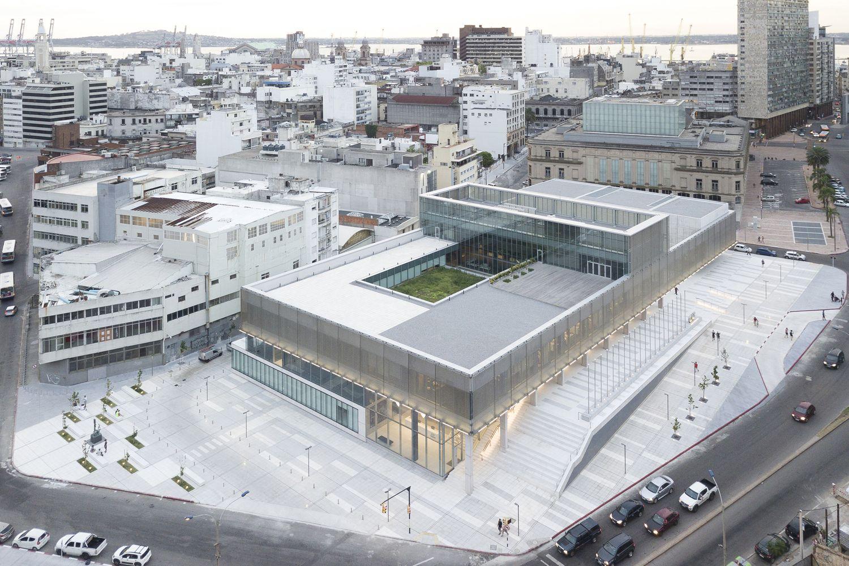 Gallery of CAF Headquarters / LAPS Arquitectos  - 1