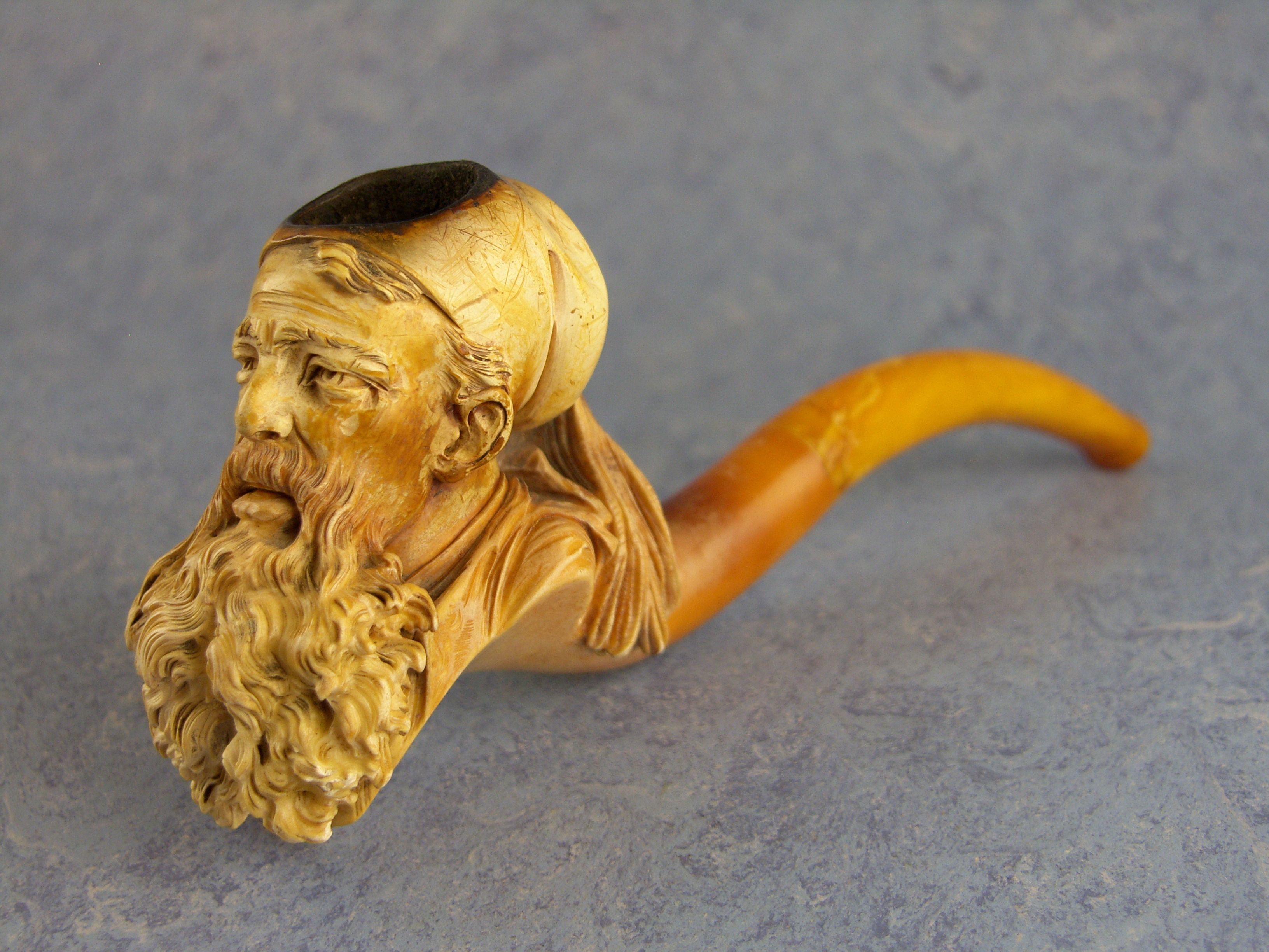 Haven\'t gotten my own meerschaum colored like this yet, but I\'m ...