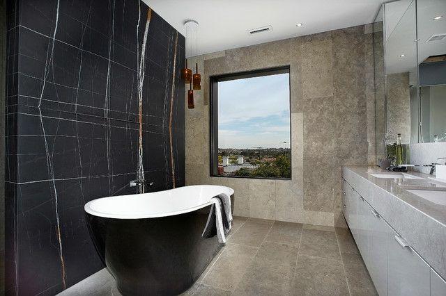 wandverkleidung fenster waschtisch anlage bathroom pinterest badezimmer badezimmer. Black Bedroom Furniture Sets. Home Design Ideas