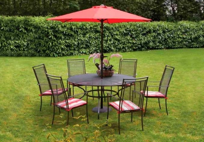 6 seater round garden table set and parasol wessex garden furniture from furniture village