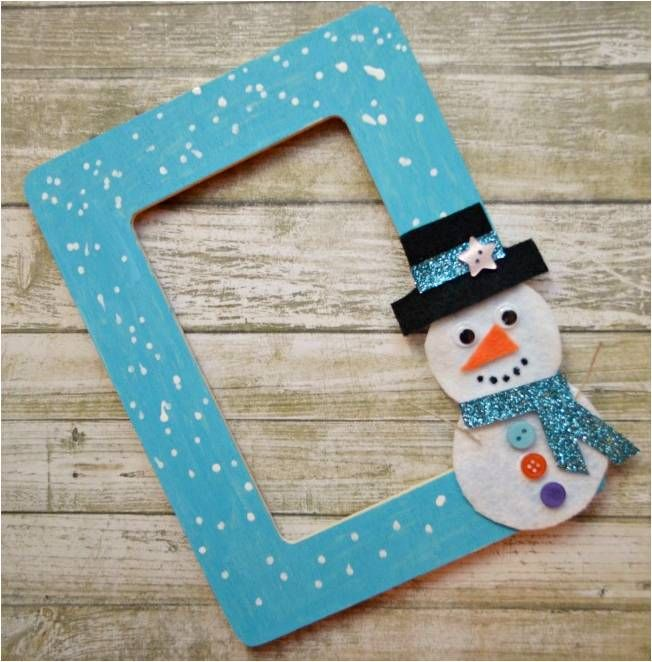 Craft up a simple diy snowman picture frame with your for Picture frame crafts for adults