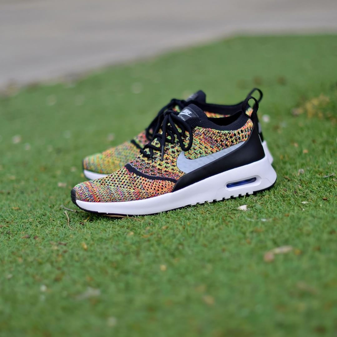 5c90ca8009f4 Nike W Air Max Thea Flyknit Multicolor . Disponible Available  SNKRS ...