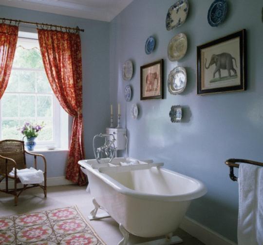 An elephant in the (bath) room.