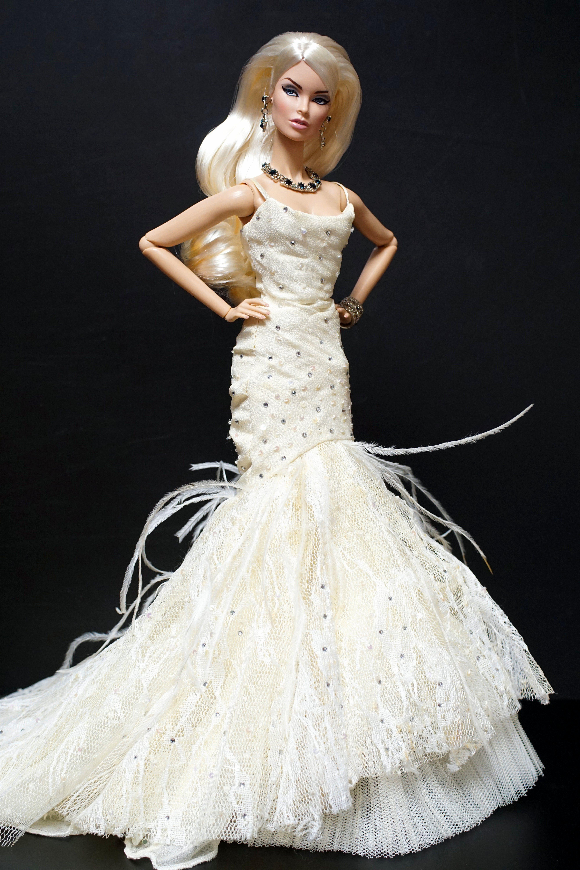 FashionRoyalty Black-Tie Ball Vanessa | Barbies | Pinterest | Barbie ...