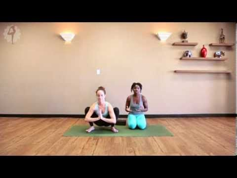 beginners yoga arm balance crow pose bakasana