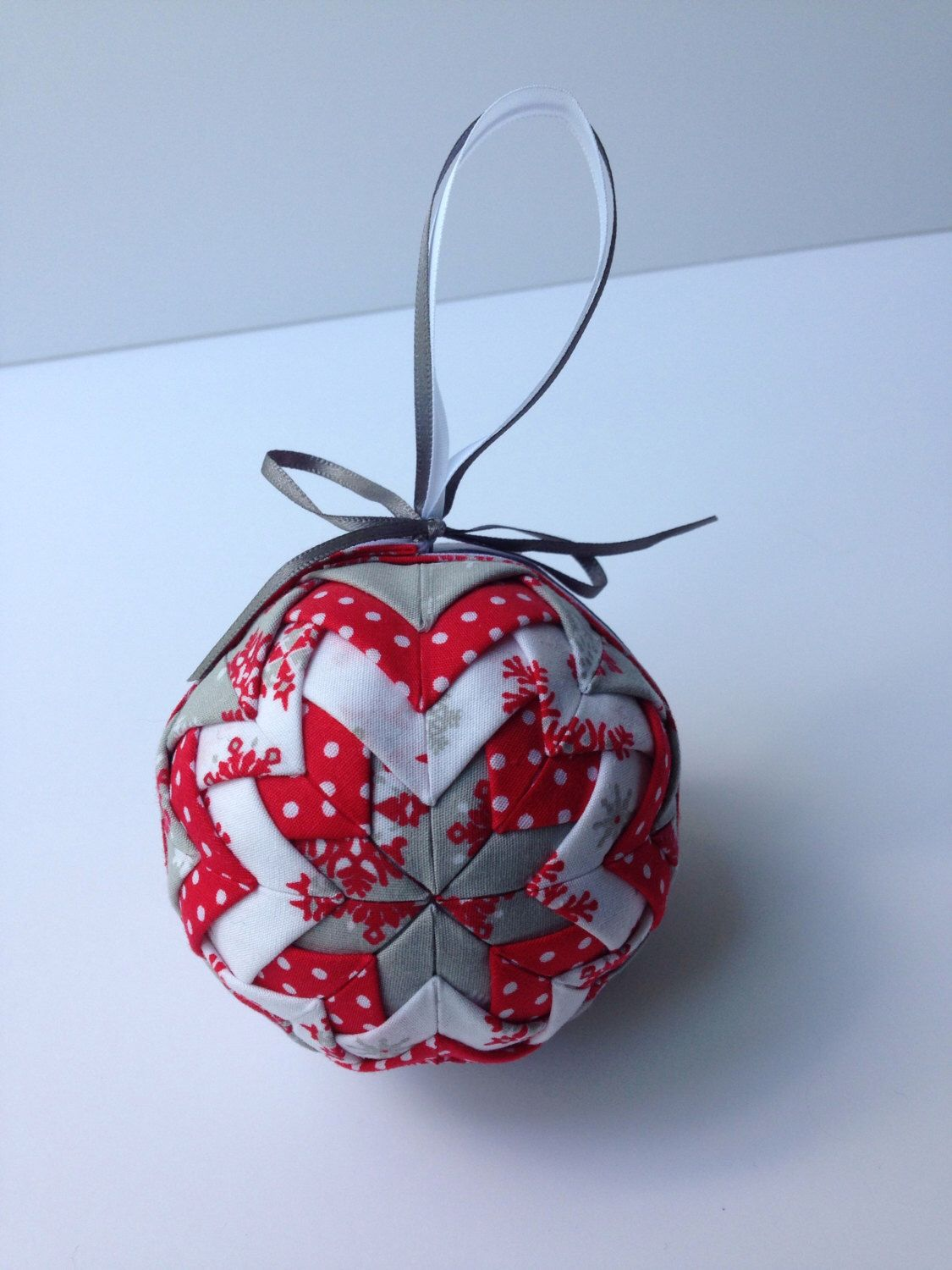 How To Decorate Polystyrene Balls Red And Grey Quilted Christmas Bauble  Baubles  Pinterest