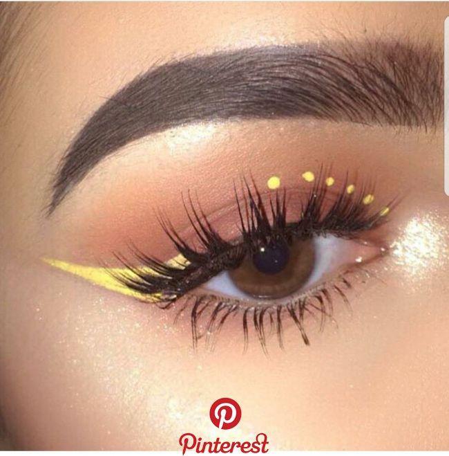 Yellow winged eyeliner makeup -   11 beauty makeup Eyeliner ideas