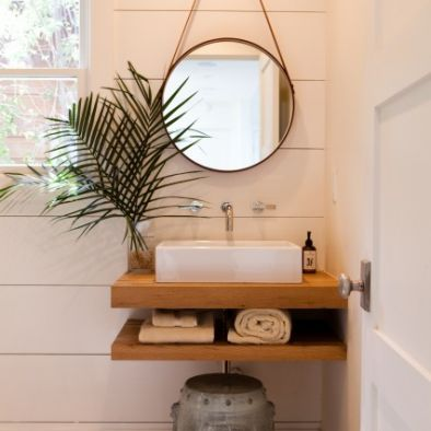 Bathroom - Round Mirrors in tight spaces expand the eye ...