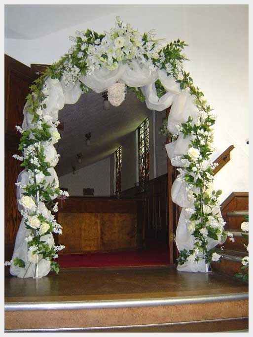 Wedding arch decoration ideas absolutely love this one with red wedding arch decoration ideas absolutely love this one with red and white junglespirit Choice Image
