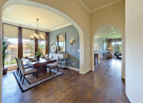 Gorgeous entryway with plenty of natural light! #neutrals #home