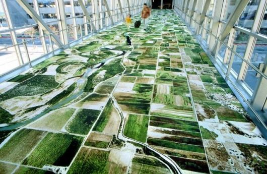 US-based, Iranian artist, Seyed Alavi, specialises in the creation of large and small projects in non-traditional settings. With his unique perspective, Seyed transformed a pedestrian bridge connecting the Sacramento International Airport terminal to the parking garage when he had an aerial view of the Sacremento River woven into the carpet.