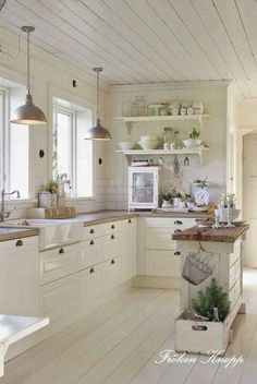 10 Farmhouse Kitchen Essentials Kuche Pinterest
