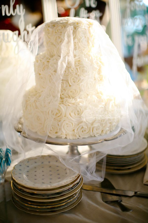 wedding cake layers meaning this site has gorgeous cakes this one 23074