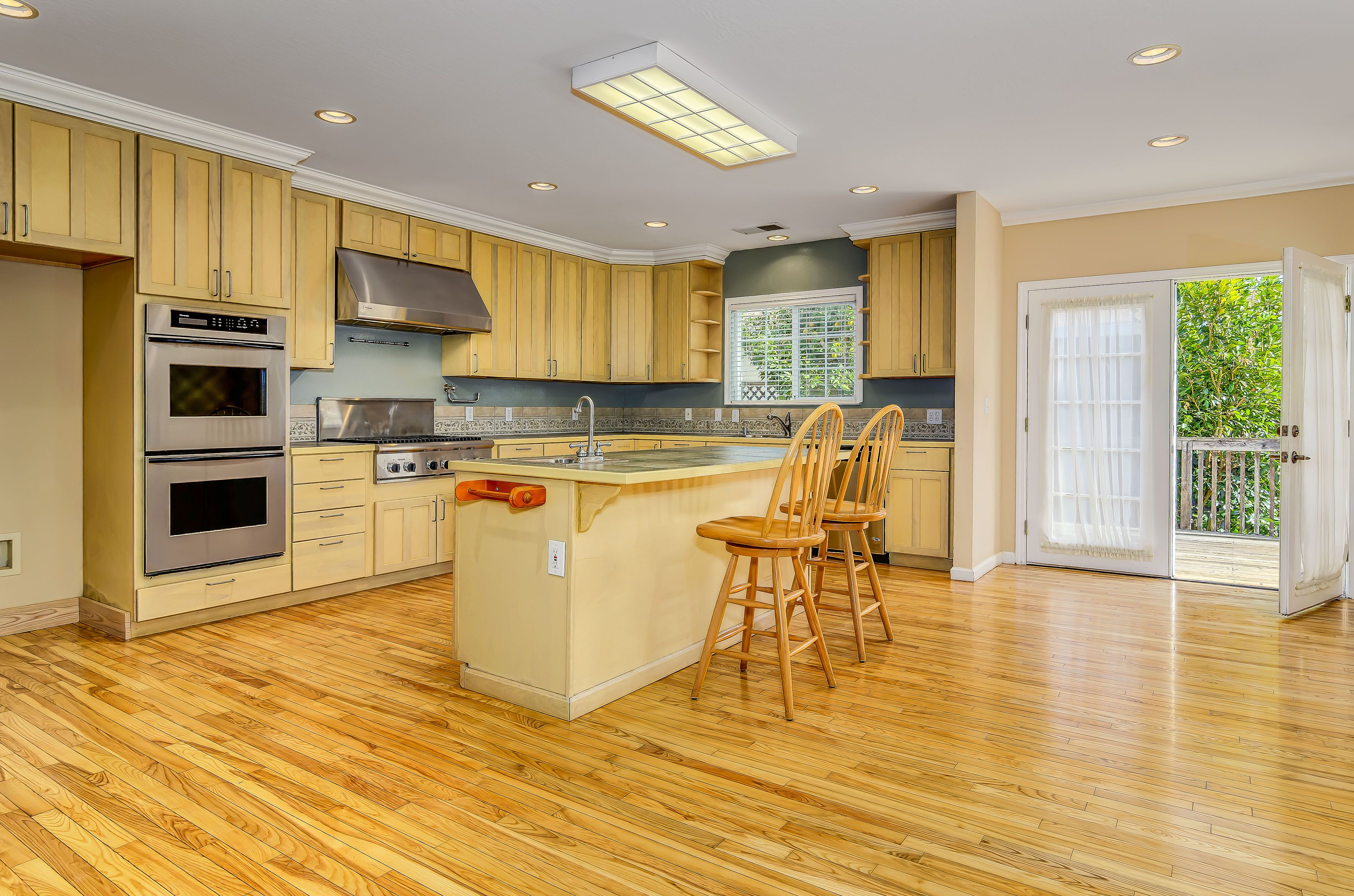 Beautiful kitchen and dining area. This house is for sale