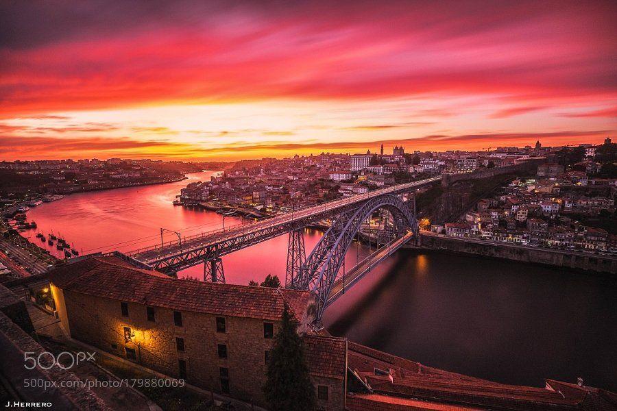 #Popular on #500px : Porto's Wine by JosebaHD #city #architecture #photo #image #photography https://t.co/AG6S4KEy6g #followme #photography