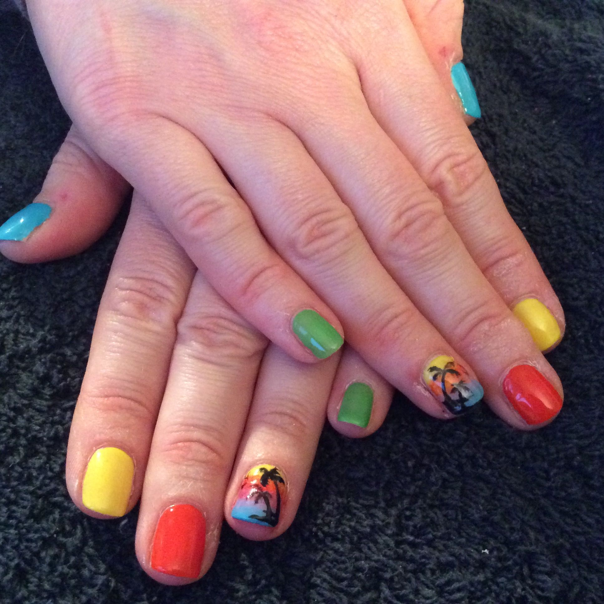Holiday nails in bright cnd shellac colours with